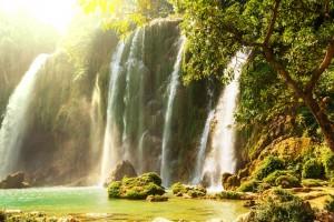 Водопады, озера