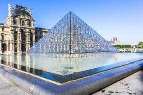 Лувр Франция