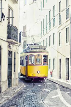 трамвай желтый